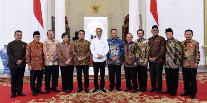 Jokowi ingin Pelantikan Presiden sederhana