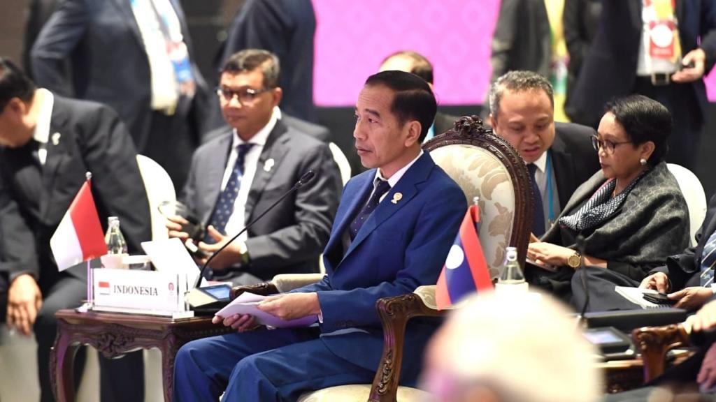 Jokowi : Indonesia Tolak Limbah Sampah dari Luar Negeri